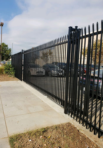 Commercial Fence in Hawthorne, CA