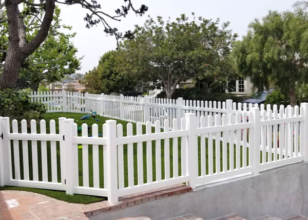 Vinyl Fence Installation in Sherman Oaks, CA
