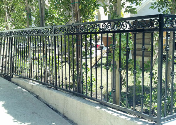 We Installed This 42 Inch Tall Iron Decorative Fence In West Hollywood Ca The Features A Double Top Frame And Scrolls Was