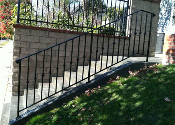 Residential & Commercial Staircase Steel Handrails