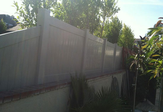 Vinyl Privacy Fencing Los Angeles